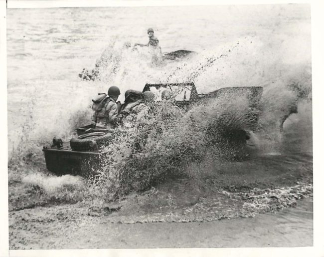 1943-03-19-ford-seep-hitting-wave1