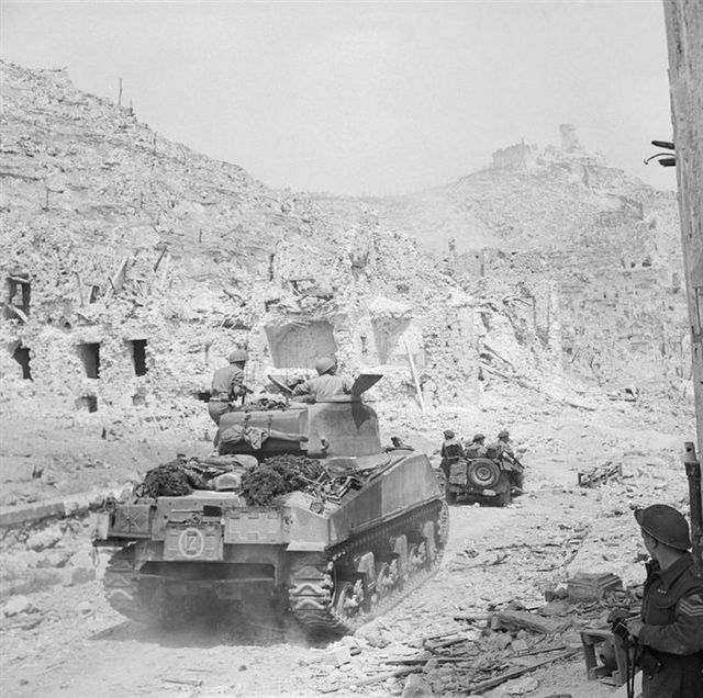 b54be4708b27ff9b77ccc69f175d1d19--monte-cassino-ww-tanks