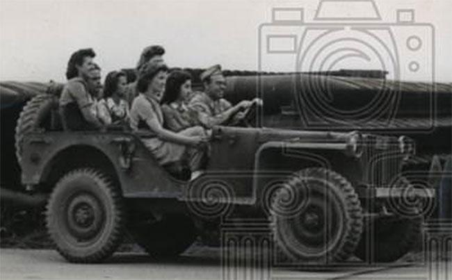 1942-06-06-bantam-brc40-shells0
