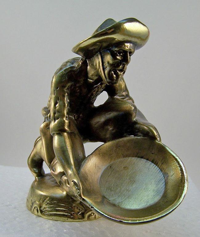 hood-ornament-miner3-lores
