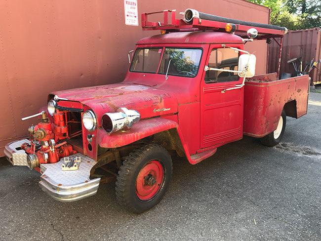 1952-fire-truck-ca5-lores