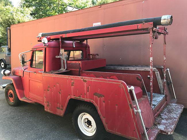 1952-fire-truck-ca6-lores