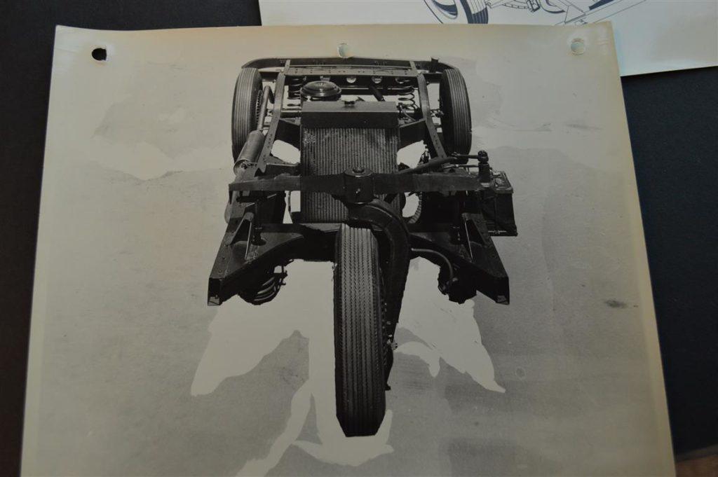 1948-3-wheel-davis-car3