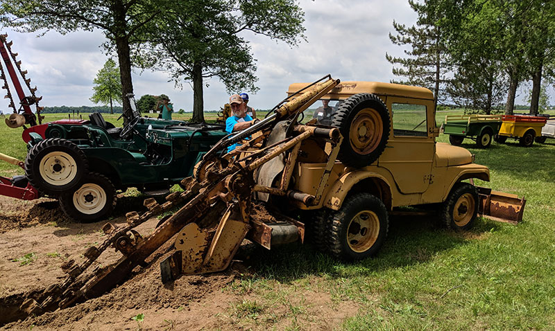 2018-06-02-willys-rally-trencher