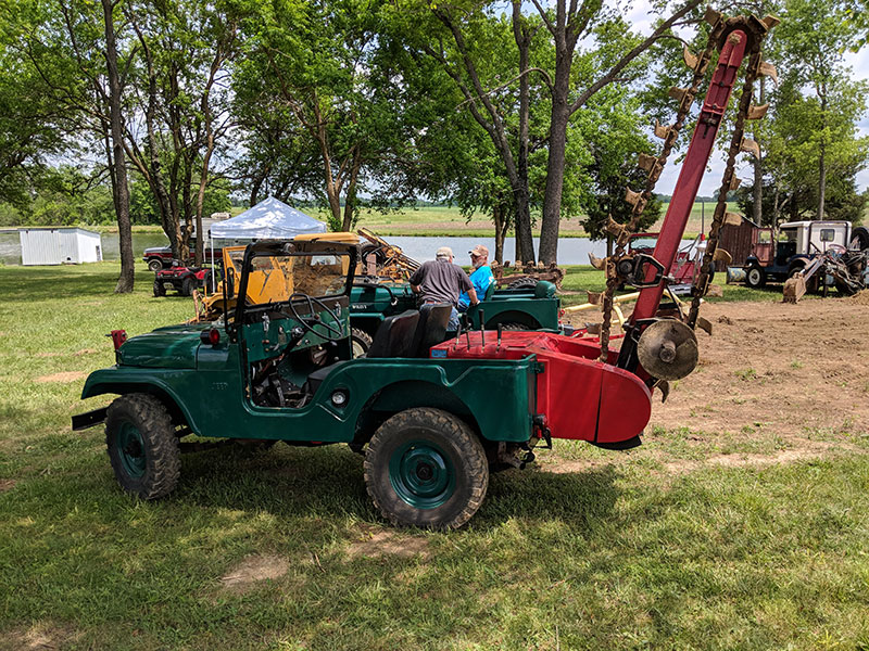 2018-06-02-willys-rally-trencher2