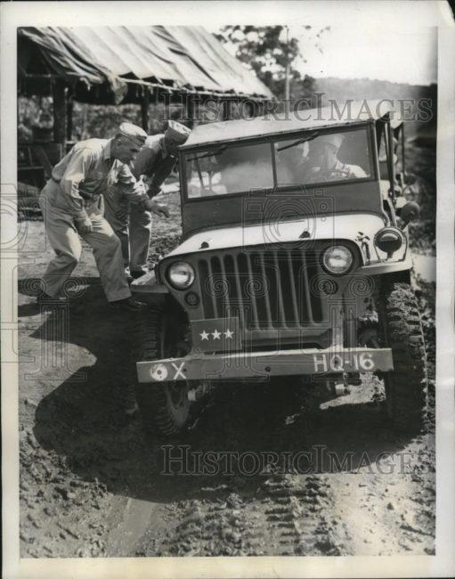 1944-05-03-jeep1
