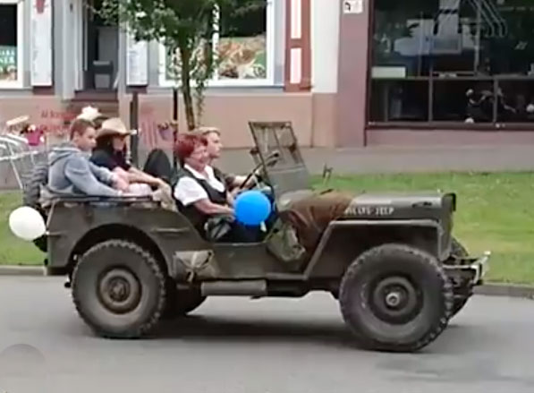 germany-schutzfest-2017-jeep