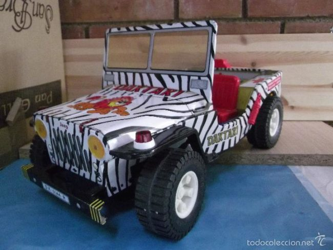 fake-daktari-jeep