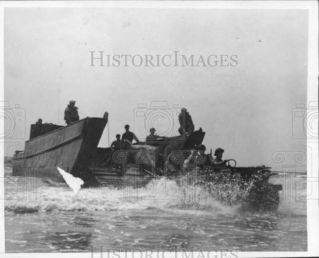 1941-11-25-landingbarge-nc-test1