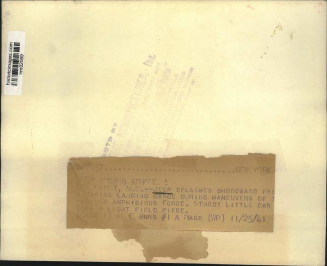 1941-11-25-landingbarge-nc-test2