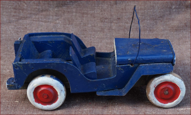 wood-french-toy-jeep1