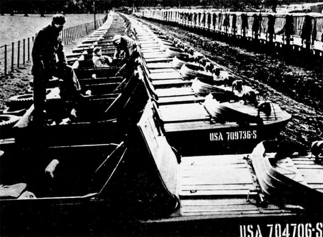 1945-07-15-eveningstar-americas-next-move-surplus-photo