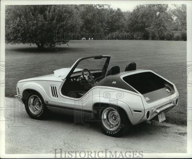 1971-xj-001-jeep1