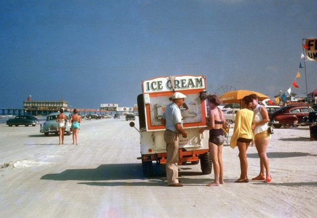 1956-ice-cream-vendor