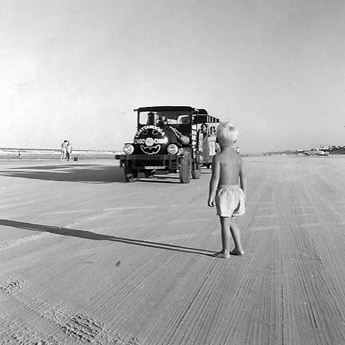1959-daytona-beach-jeep-ride3