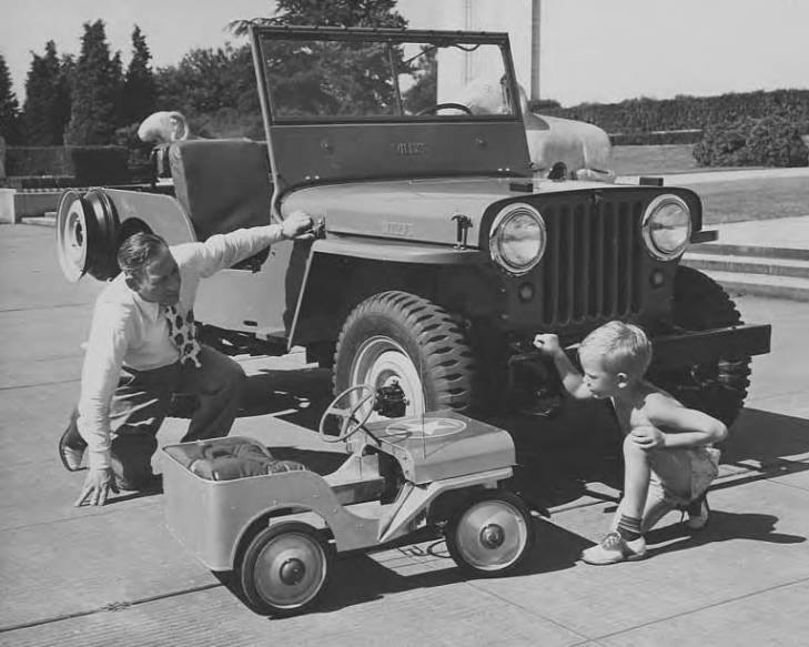 boeing-aluminum-toy-jeep1