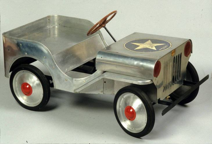 boeing-aluminum-toy-jeep2