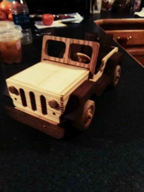 wood-jeep-in1