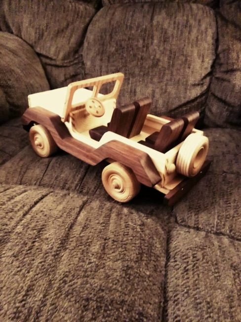 wood-jeep-in2
