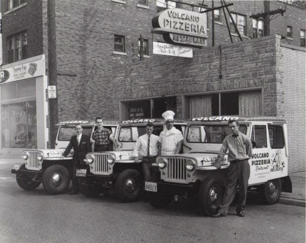 1960s-dj3as-pizza-jeeps-NJ-mike