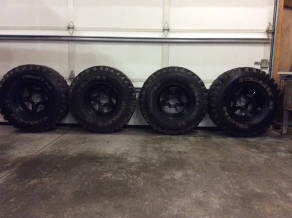 4-jeep-bronco-tires-rims