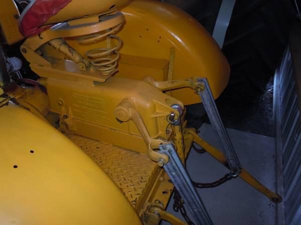centaur-tractor-monroe-3point-hitch0