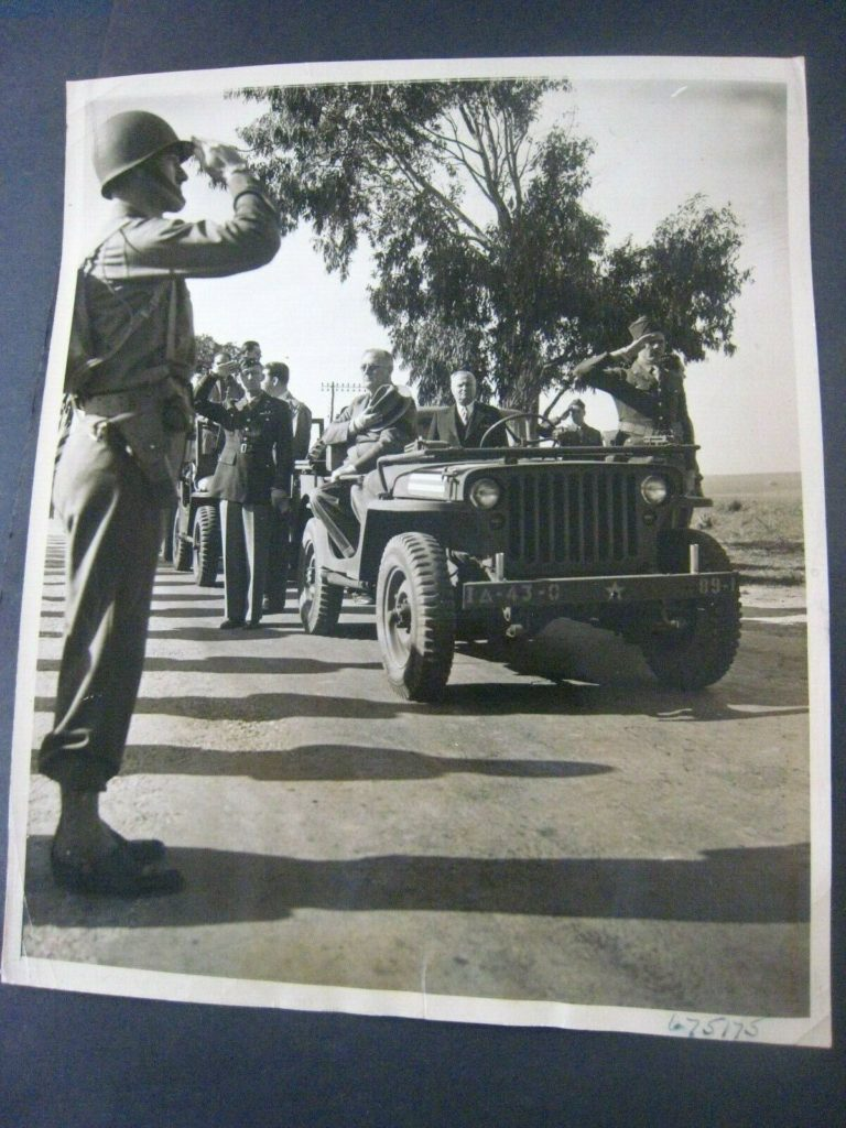 1942-02-02-fdr-special-jeep1