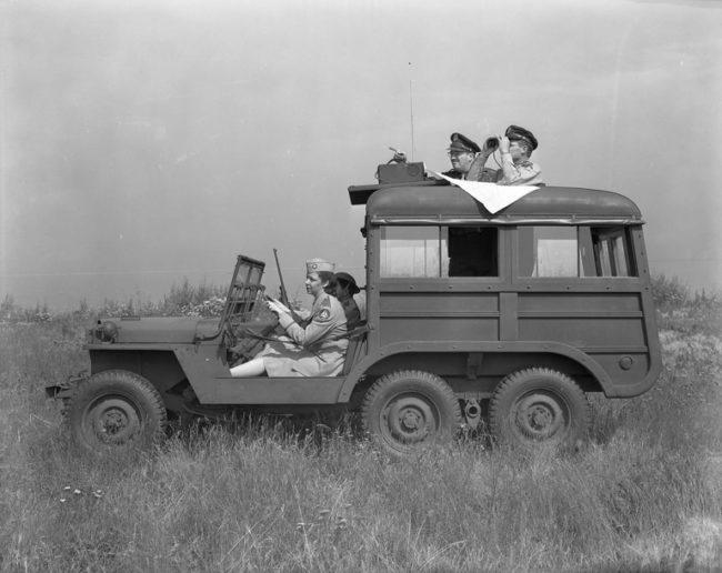 1943-07-command-car-jeep-concept-exterior9