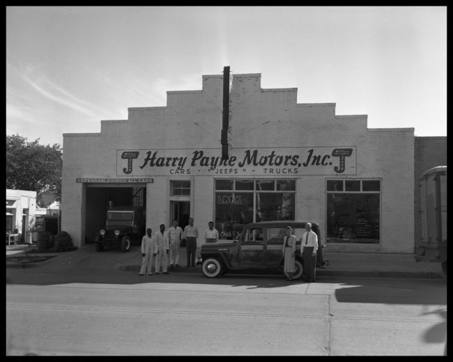 1948-circa-harry-payne-jeep-dealer-dark-j-logo