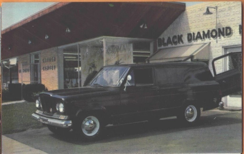 1963-gladiator-delivery-van1