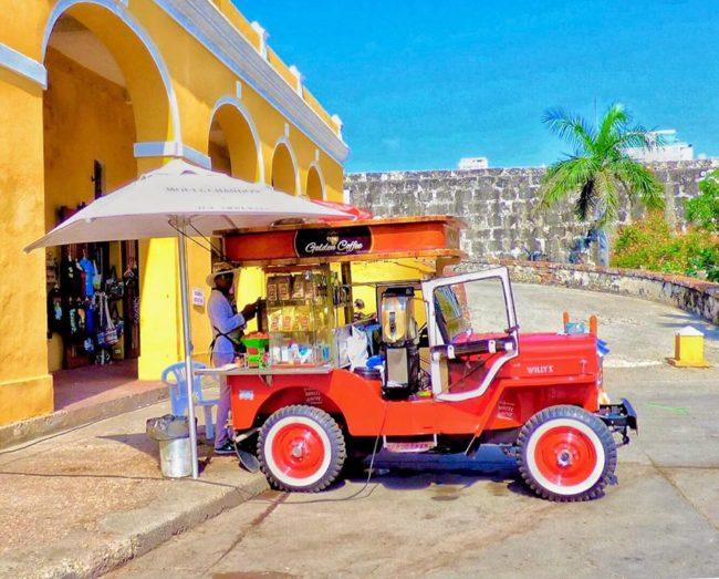 coffee-vendor-cartenga-colombia