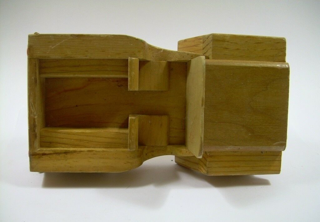 wood-toy-car-possibly-kempro7