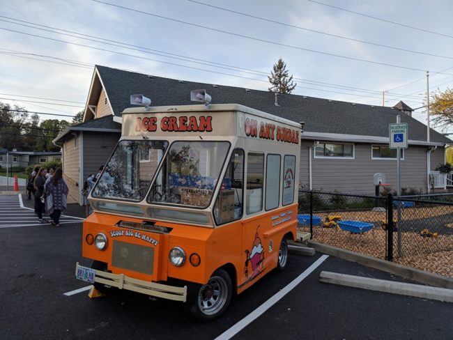 every-day-is-sunday-fj-ice-cream-salem-oregon1
