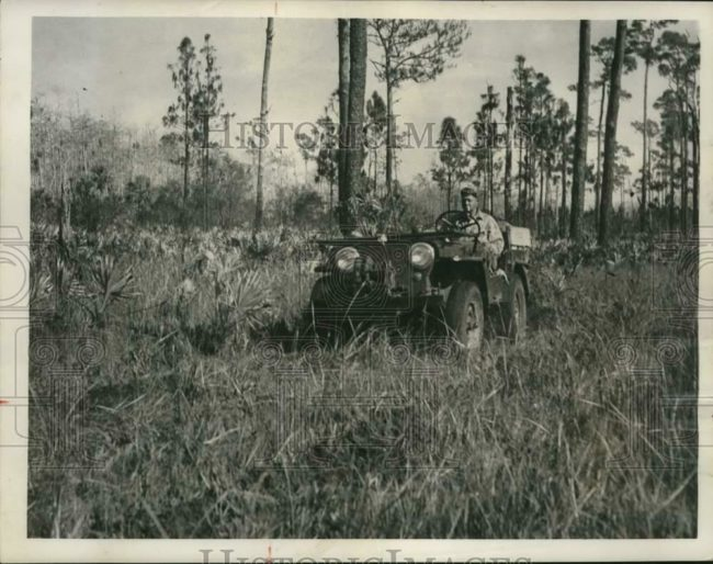 1952-01-27-pat-etherton-in-clewiston1