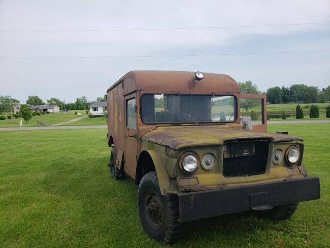 m725-ambulance3