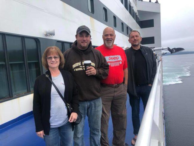 2019-08-08-newfoundland-day1-4-crew