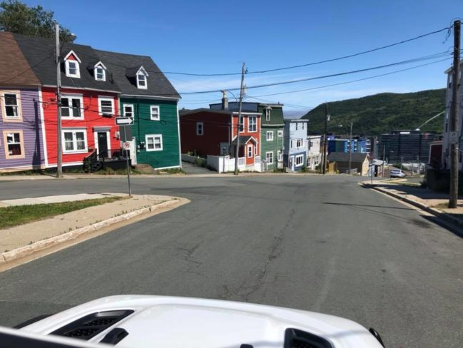 2019-08-08-newfoundland-day1-town4