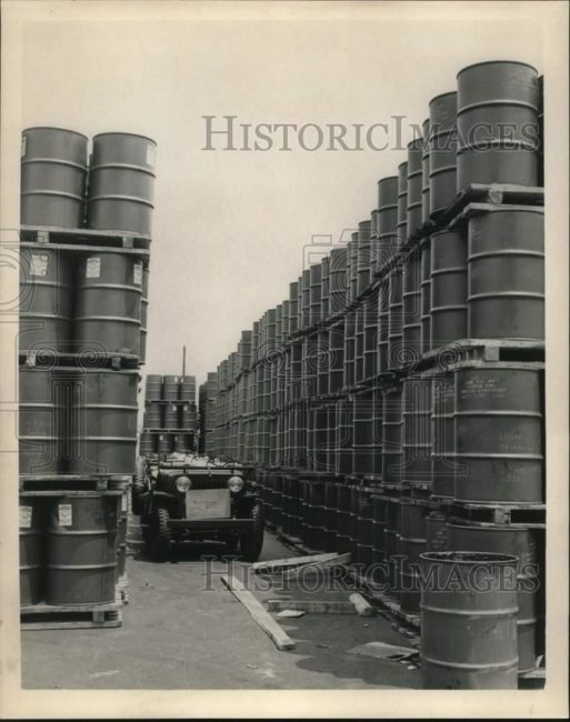 1965-07-27-cj3bs-barrels-export1
