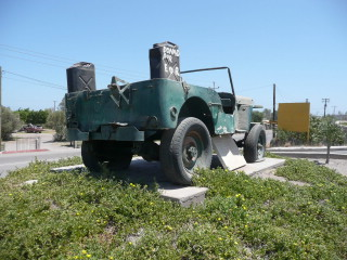 monument-to-jeep-mexico6