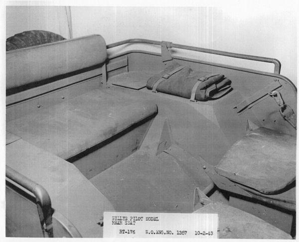 1940-willys-quad-interior3