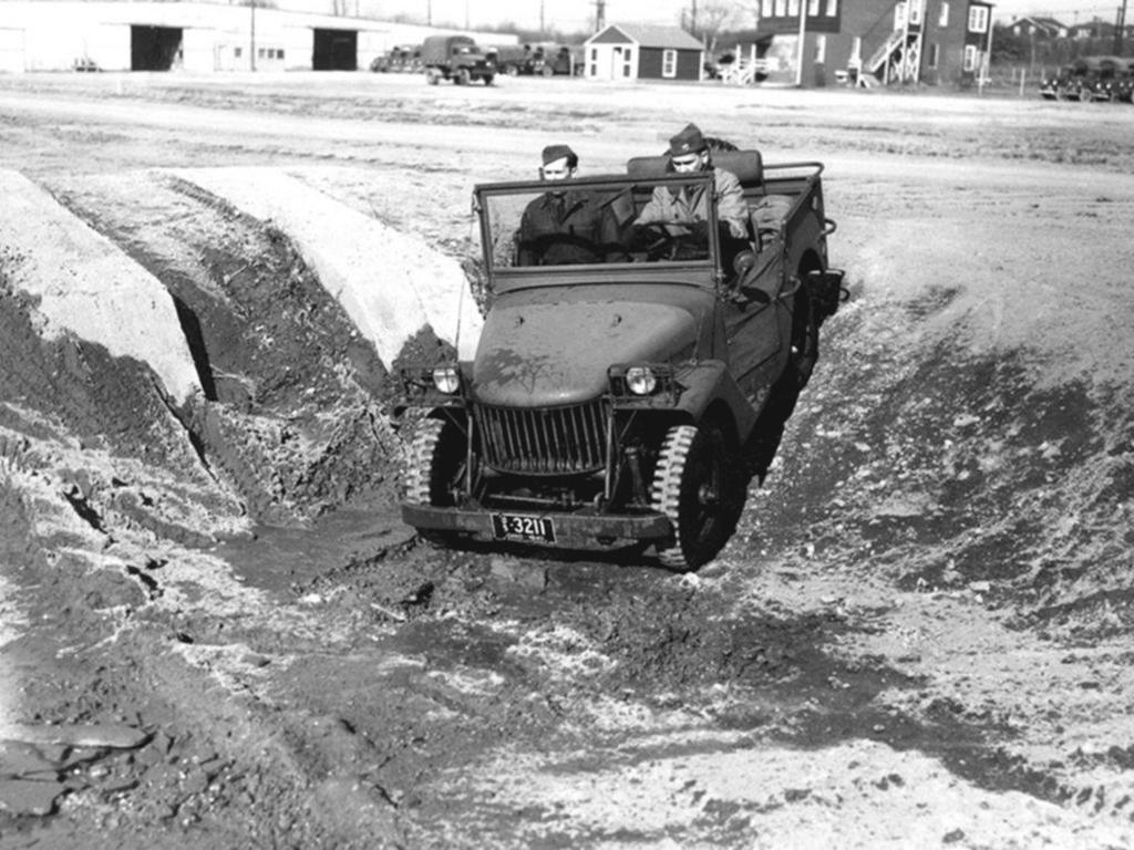 1940-willys-quad-testing-2-men-holabird