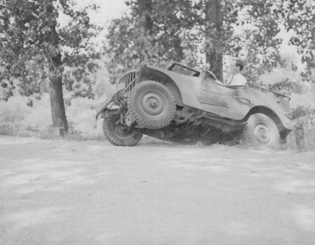 1940-willys-quad-underside