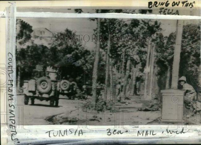1943-05-12-jeeps-tunisia-1