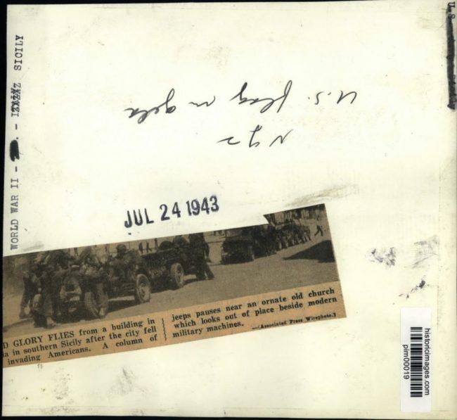 1943-07-24-sicily-jeeps2