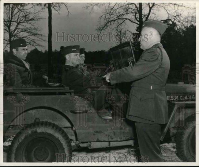 1944-05-02-alexander-vandergrift-jeep-larsen1