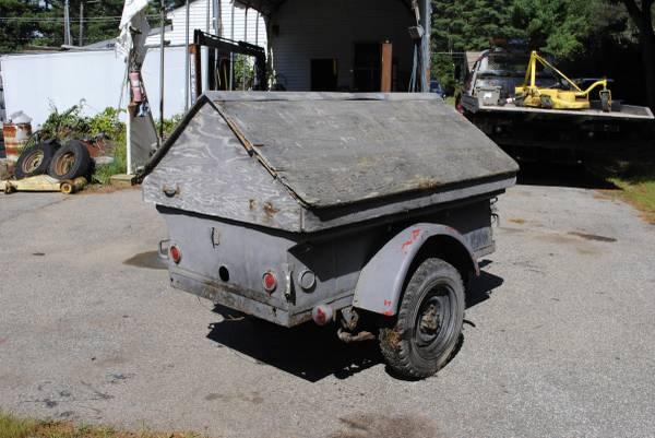 1952-m100-trailer-nh2