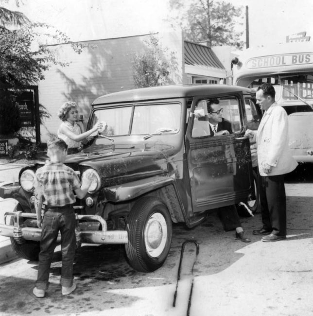 1957-lapl-archives-Pastor-drives-jeep-wagon