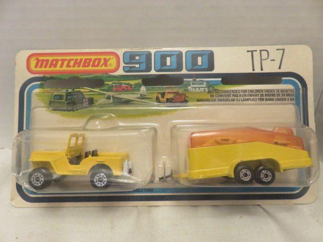 1976-flat-fender-jeep-glider-matchbox-in-package