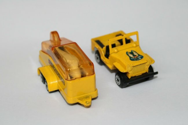 1976-flat-fender-jeep-glider-matchbox0