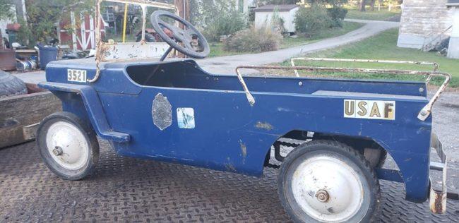 hamilton-pedal-car-ky